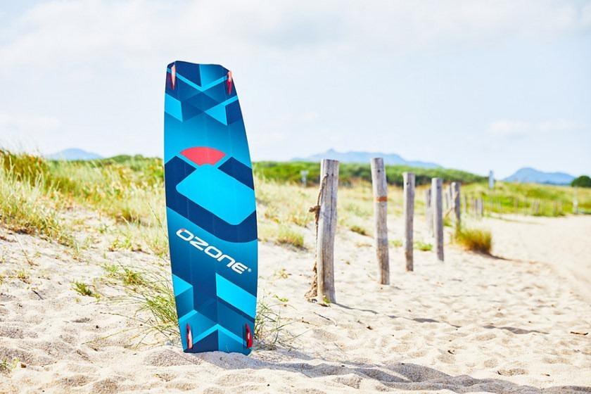 Torque-V1-Product-beach-2-840x560