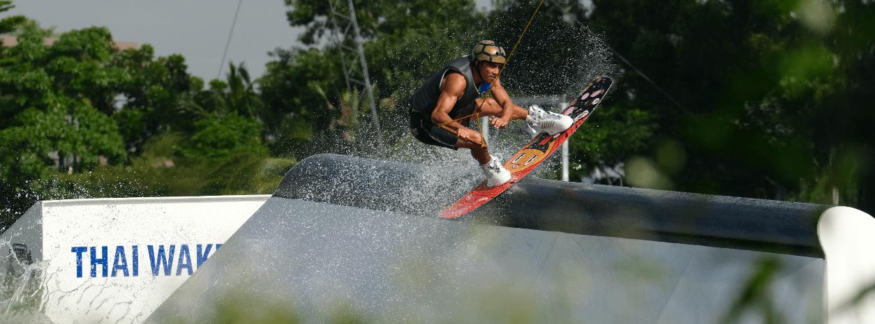 liquid-force-tao-wakeboard-action