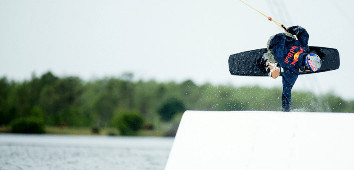 ronix-kinetik-project-springbox-2-wakeboard-action-pic