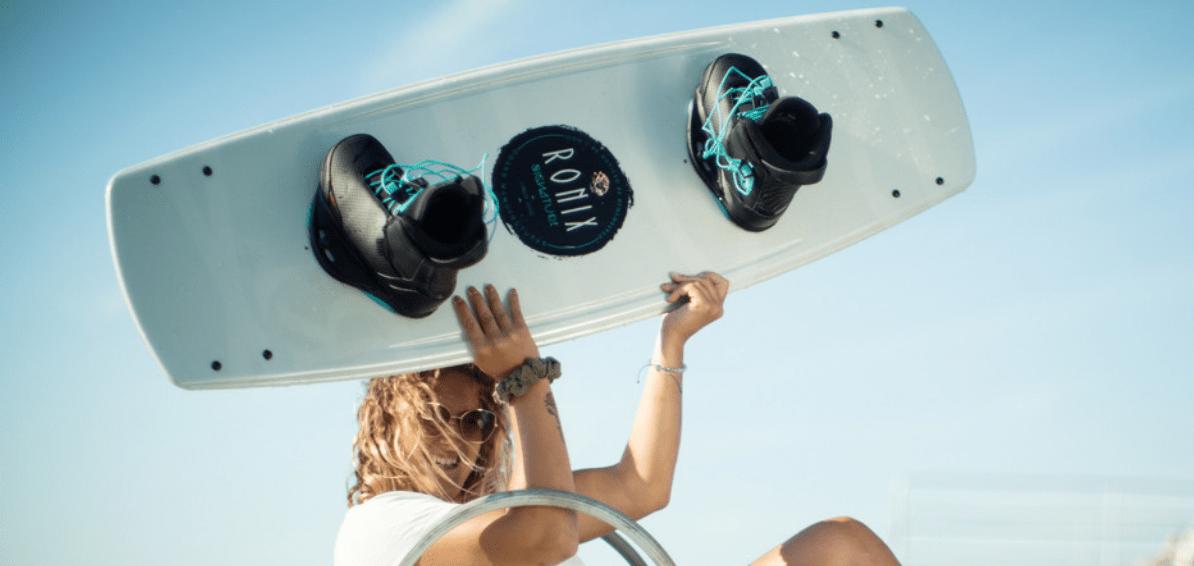 ronix-signature-wakeboard-bindung-action